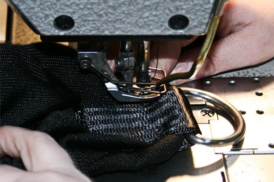 Couture renforcée des sangles des pare-battages textile FENDERTEX®