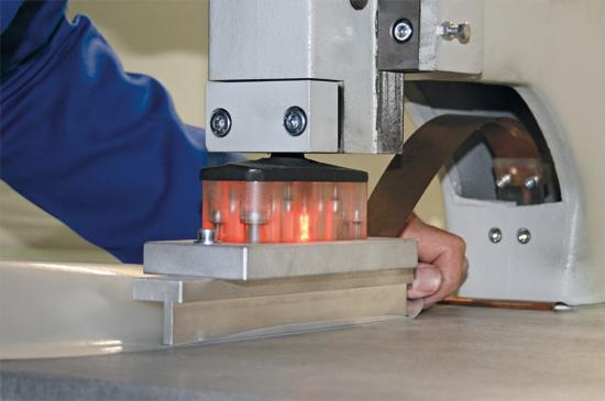 Soudure membrane polyuréthane pour pare-battages textile FENDERTEX®